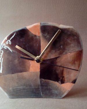 reloj serrín rojo mediano