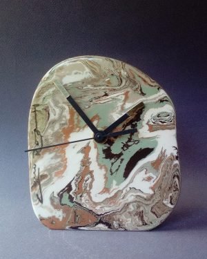 reloj neriage verde marrón negro